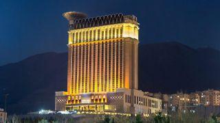 هتل 5 ستاره اسپیناس پالاس تهران