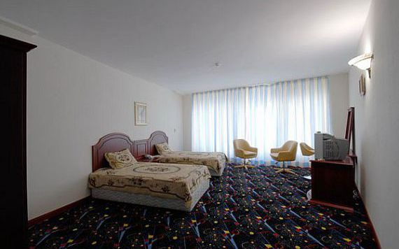 تور کیش از شیراز هتل ارم بزرگ