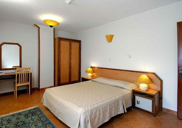 تور مشهد هتل خانه سبز