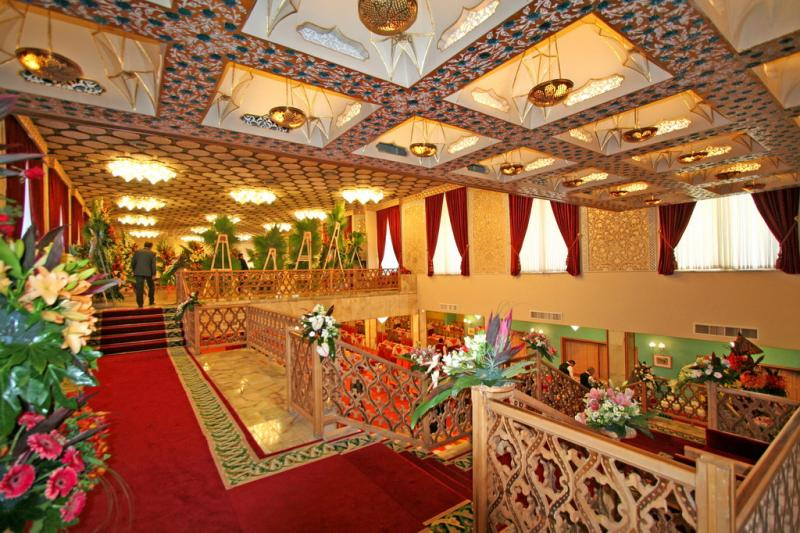 تور اصفهان هتل عباسی از تهران