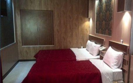 تور کیش از اصفهان هتل پانیذ