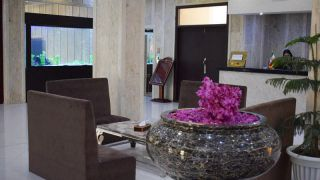 تور کیش از تهران هتل گامبرون