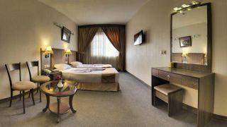 تور مشهد از شیراز هتل کیانا