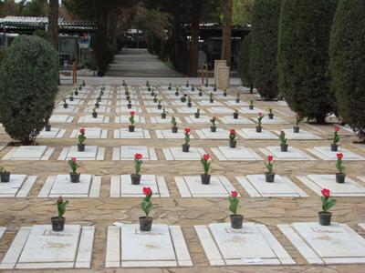جاذبه قبرستان های مشهد | بهشت رضا ، قبرستان ارامنه ، قبرستان عاشقان، حرم و...