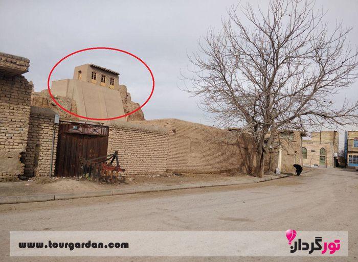 خانه فردوسی در روستای پاژ