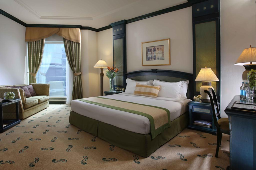 تور دبی هتل کارلتون پالاس