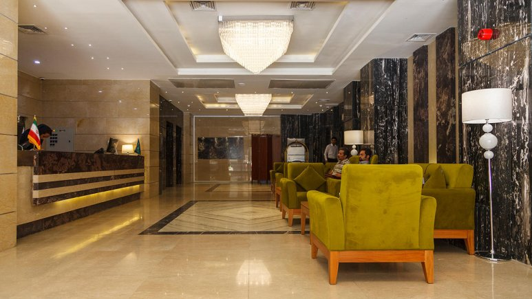تور مشهد هتل حیات