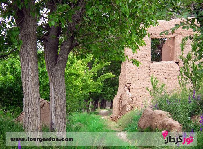 باغ های روستای بوژان