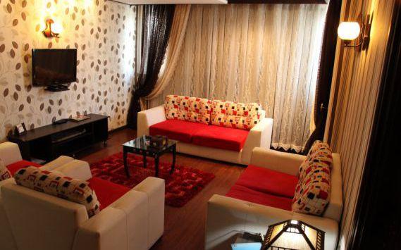 تور رشت هتل کادوس از تهران
