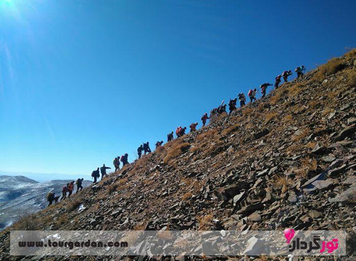 کوهنوردی در قله زو مشهد