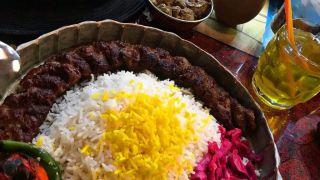 رستوران های مشهد برای غذای ایرانی، کباب و فست فود