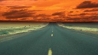 جاده جهان کیش ؛ جاده ای رویایی و آرام