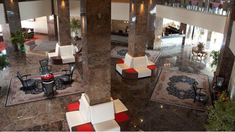 تور کرمانشاه از تهران هتل پارسیان