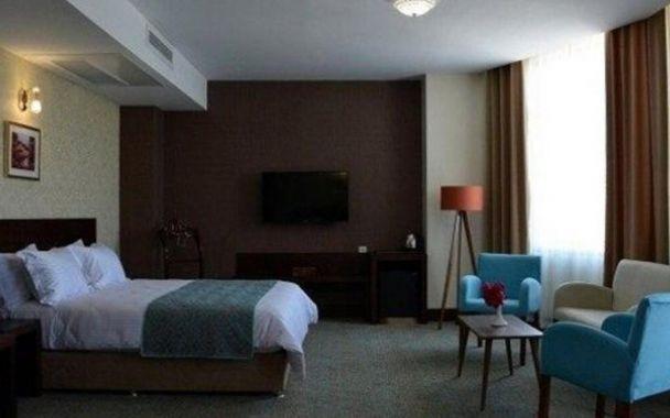 تور کیش از تبریز هتل لیلیوم