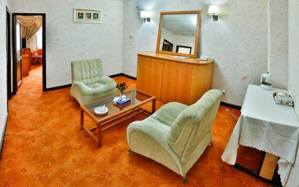 تور چابهار از شیراز هتل لاله