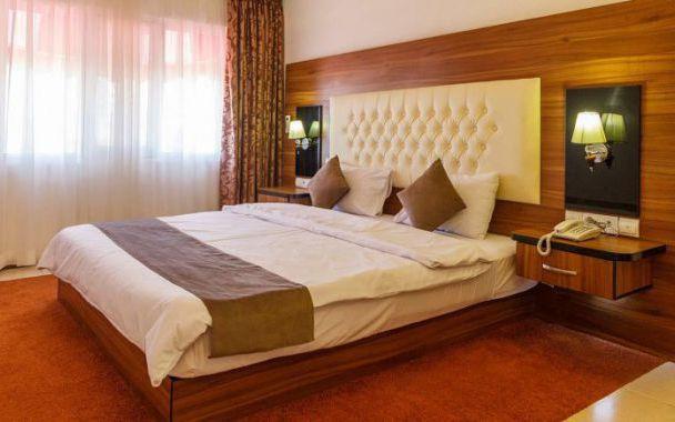 تور کیش از اصفهان هتل شایلی