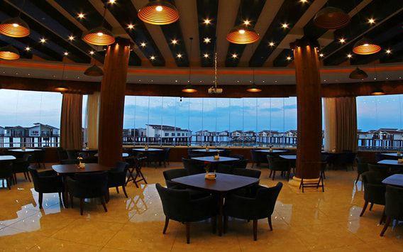 تور هتل ترنج کیش از تهران