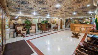 تور اصفهان از مشهد هتل صفوی