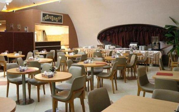 تور کیش از اصفهان هتل تعطیلات