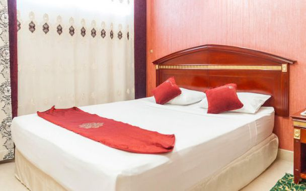 تور مشهد از اصفهان هتل بشری