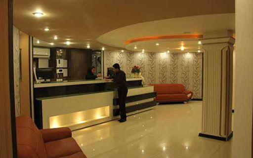 تور بندر عباس از تهران هتل آپادانا