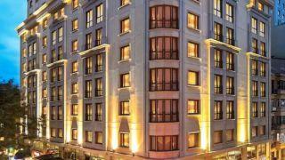 تور استانبول هتل گرند اوزتانیک از تهران