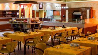 تور اصفهان از تبریز هتل عالی قاپو
