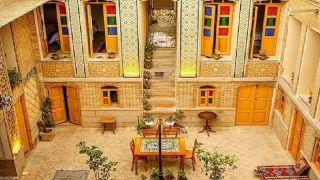 تور شیراز اقامتگاه سنتی گل طاها از تهران |