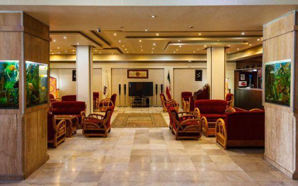 تور اصفهان از تهران هتل سوئیت اصفهان