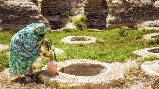 چاه های تل آب قشم | معرفی کامل به همراه آدرس