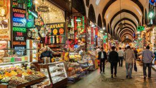 بازار ادویه استانبول ( همه آنچه پیش از رفتن باید بدانید )