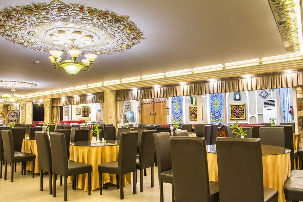تور اصفهان از کرمان هتل ملک