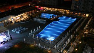 تور نوروز 1400  آنتالیا هتل گرند پارک لارا