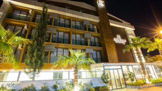 تور آنتالیا هتل لارن فمیلی از مشهد