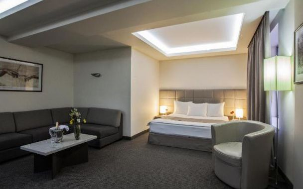 تور ارمنستان هتل آویاترانس از تهران