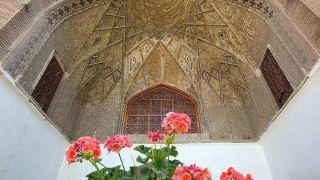 مدرسه عباسقلی خان (همه آنچه باید پیش از بازدید بدانید)
